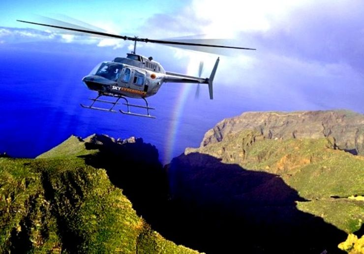 Helicopter to see Los Gigantes cliffs