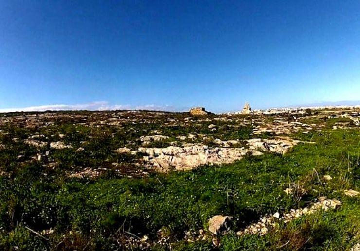 Discover breathtaking Gozo landscapes on segway