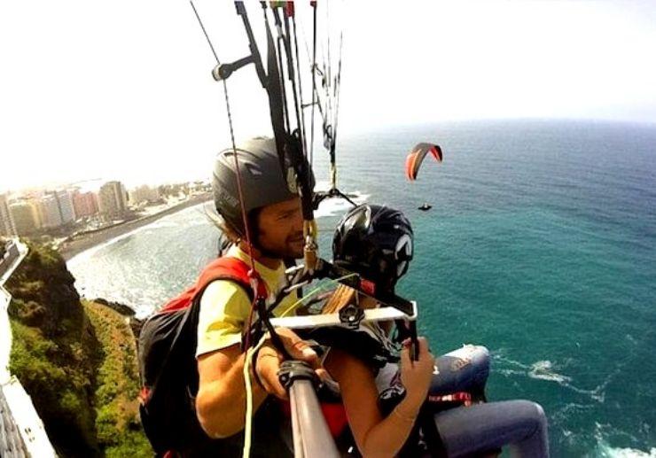 Paragliding tandem in Puerto de la Cruz