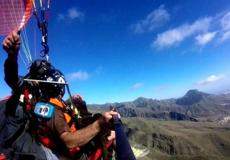 View Tenerife landscapes on paragliding tour