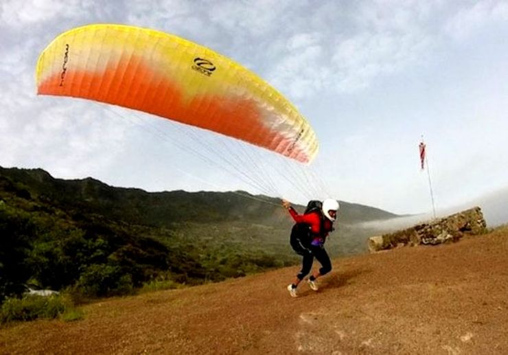Discover paragliding in Tenerife
