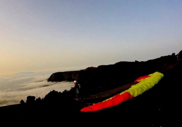 Tenerife paragliding first contact