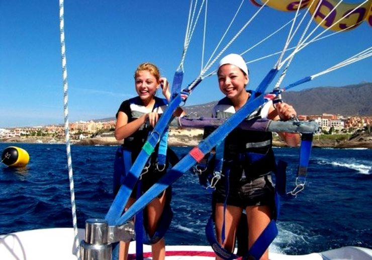 parascend with a friend in Tenerife