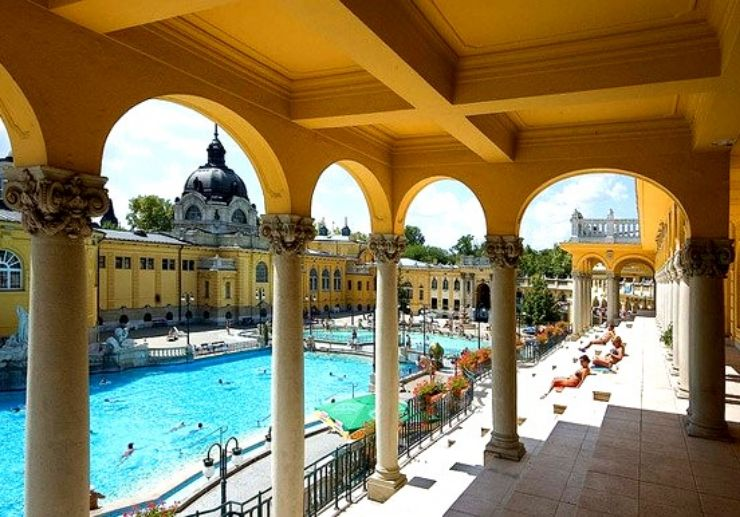 Bathe in the sun and thermal spring at Széchenyi spa