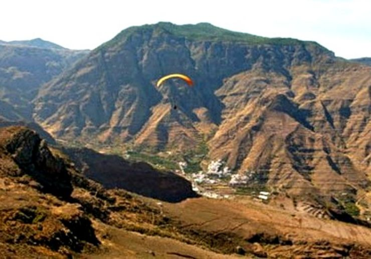 Bird eye view of Gran Canaria on paragliding