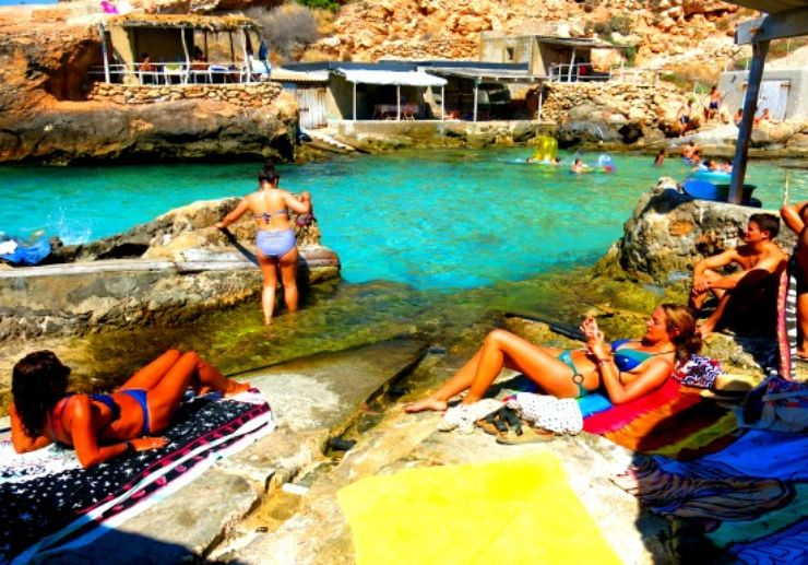 Ibiza jeep tour swimming in secluded cala